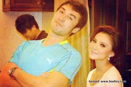 Khairul Fahmi Che Mat & Leuniey Nikah Disember Ini