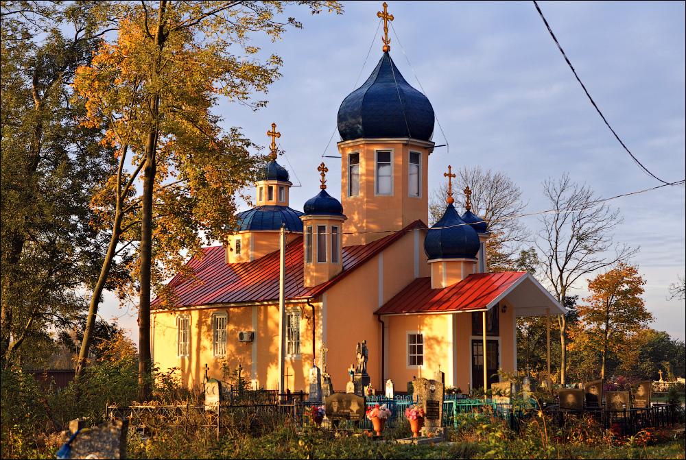 Гощево, Церковь Крестовоздвиженская