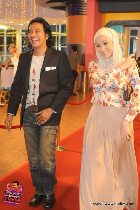 Actor, Zizan Nin & ntv7 newsreader, Hani Harun