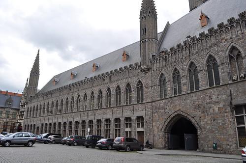 2012.06.30.130 - IEPER - Sint-Maartensplein - Lakenhalle van Ieper