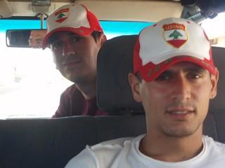Kalipo y yo con nuestras gorras del Líbano