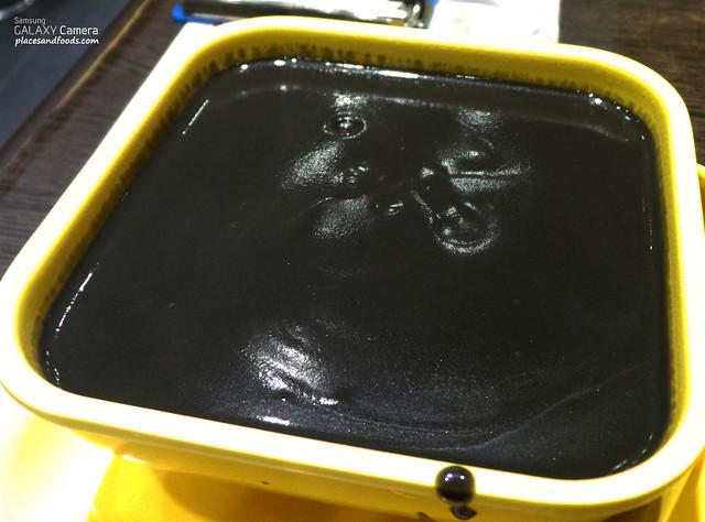 honeymoon dessert black sesame