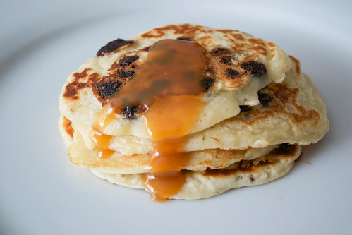 choc chip pancakes with toffee sauce