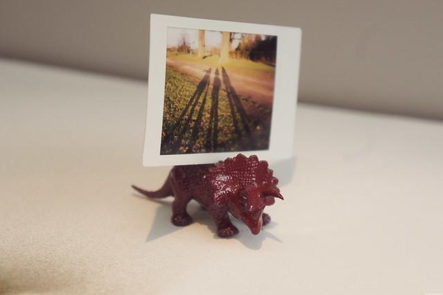 dinosaur photo holder diy