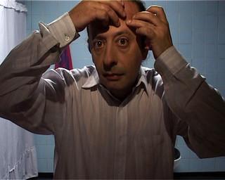 hombre al espejo man at mirror