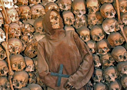 Fraile capuchino de la Cripta de los Capuchinos (Iglesia de la Concepción, Roma)