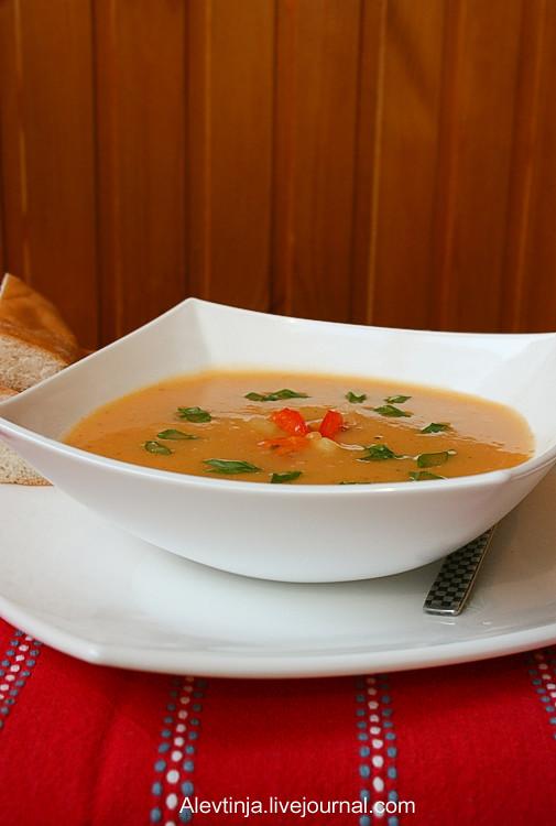 суп из картошки с запеченным перцем