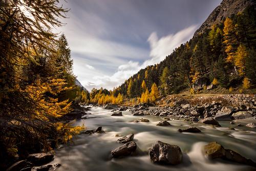 longexposure autumn colors clouds river landscape nikon day cloudy hiking herbst wolken hike val da fluss landschaft wandern ova engadin farben wanderung engadina langzeitbelichtung pontresina roseg engiadina d800e
