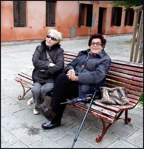 oude dames by hans van egdom