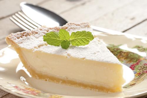 Aprenda a fazer uma deliciosa torta de limão para os dias quentes!