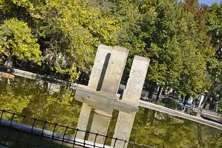 http://hojeconhecemos.blogspot.com.es/2012/10/do-parque-de-berlim-madrid-espanha.html
