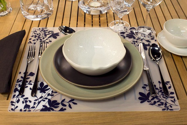 Place Setting 32