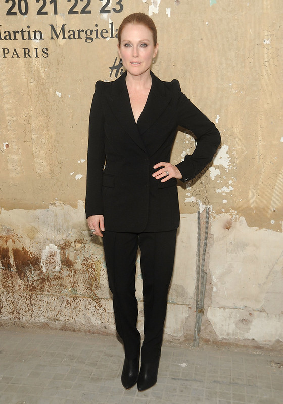julianne-moore-mmm-hm-new-york