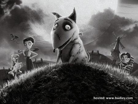 Baju-T Grafik Filem Frankenweenie Dijual di Uniqlo