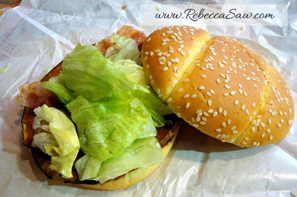 BK Pumpkin - Burger King Ikebukuro Japan (1)