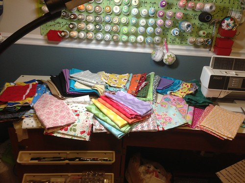 FatQuarterShop 12lb Fabric Grab Bag