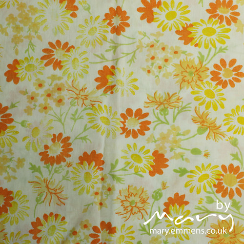 Vintage pillowcase - orange/yellow floral