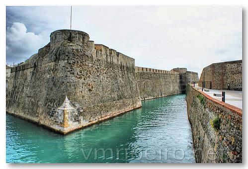 Fosso das Muralhas Reais de Ceuta by VRfoto