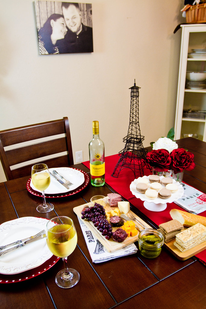 Moll Anderson, Seductive Tables for Two, Lifestyle and romance expert, entertaining at home, #SeductiveTables, #CBias
