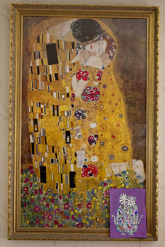 "Klimt ""The Kiss"" print"