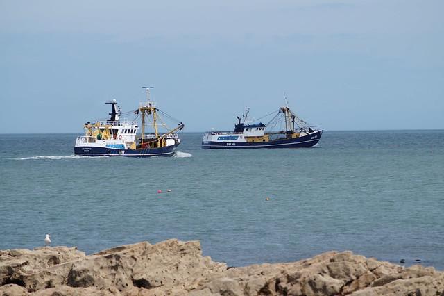 1 DSC05003. Trawlers, Sony SLT-A58, Sony DT 55-200mm F4-5.6 (SAL55200)
