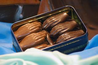 La típica mano de Amberes, en chocolate.