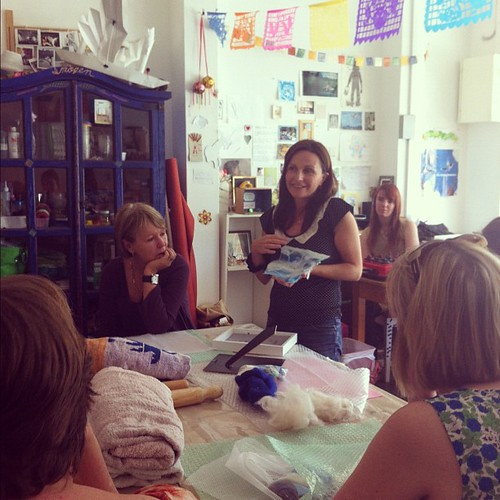 The beautiful Sandrine of SMboutique and @histoiredesoie teaching felt-making today at Brown Owls #brownowls