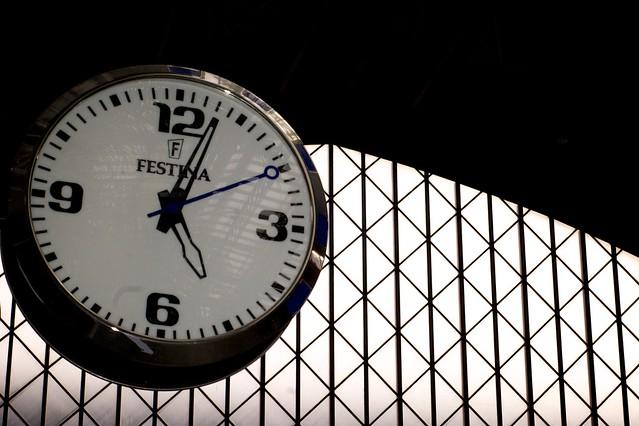 288/366: Reloj