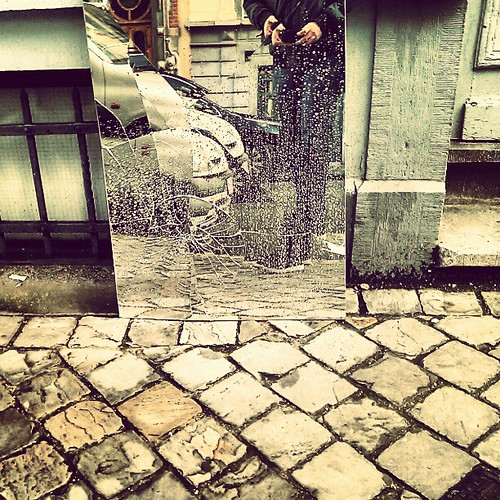 my giant steps towards the shattered life #brussels #street #mirror #selfportrait by peixes loucos