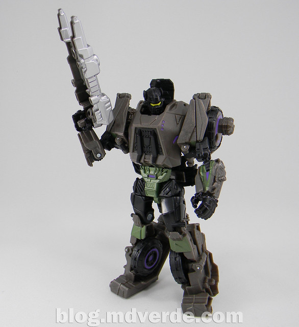 Transformers Onslaught Generations Fall of Cybertron - SDCC Exclusive - modo robot