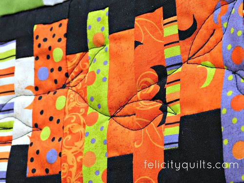 halloween mini quilting leaves