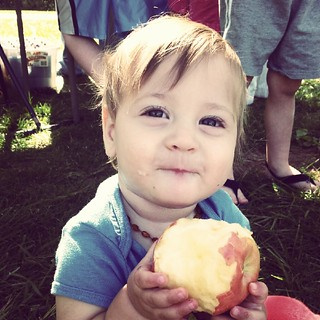 Baby-Led Weaning - Apples!