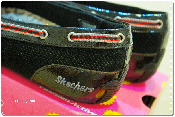 skechers_black05