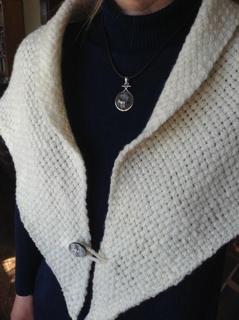Bias triloom shawl