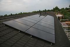 daylighting(0.0), outdoor structure(0.0), solar panel(1.0), solar energy(1.0), roof(1.0), solar power(1.0), facade(1.0),