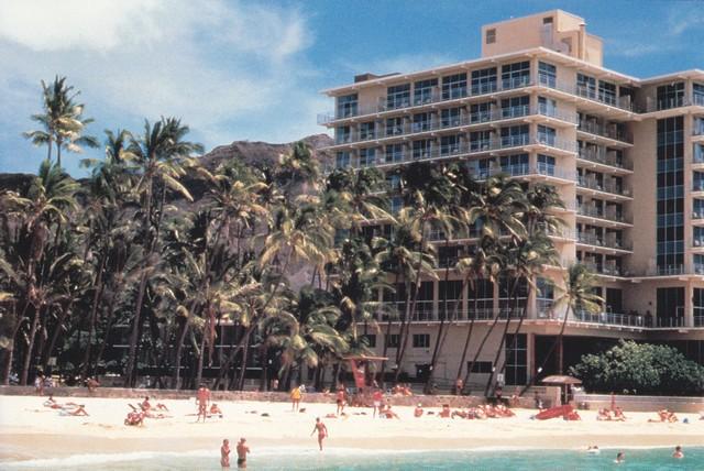 Kaimana Beach Hotel Restaurant
