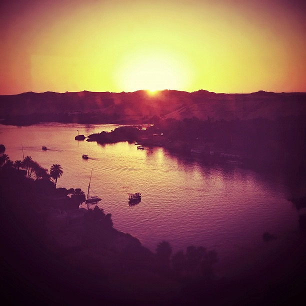 Magic hour in Aswan! - #sunset #panorama #aswan #magichour #cruise #egypt #staymovenpick @storytravelers @movenpickhotel #vacation #holidays #travel #instagramhub #igoftheday  #instamood   #instago #awesome_shot #instagood #igers  #instagramers #Instahub