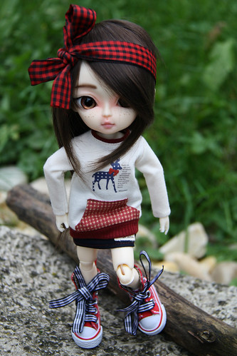 Hujoo (closer to bjd..) 8150655367_bba6388d13