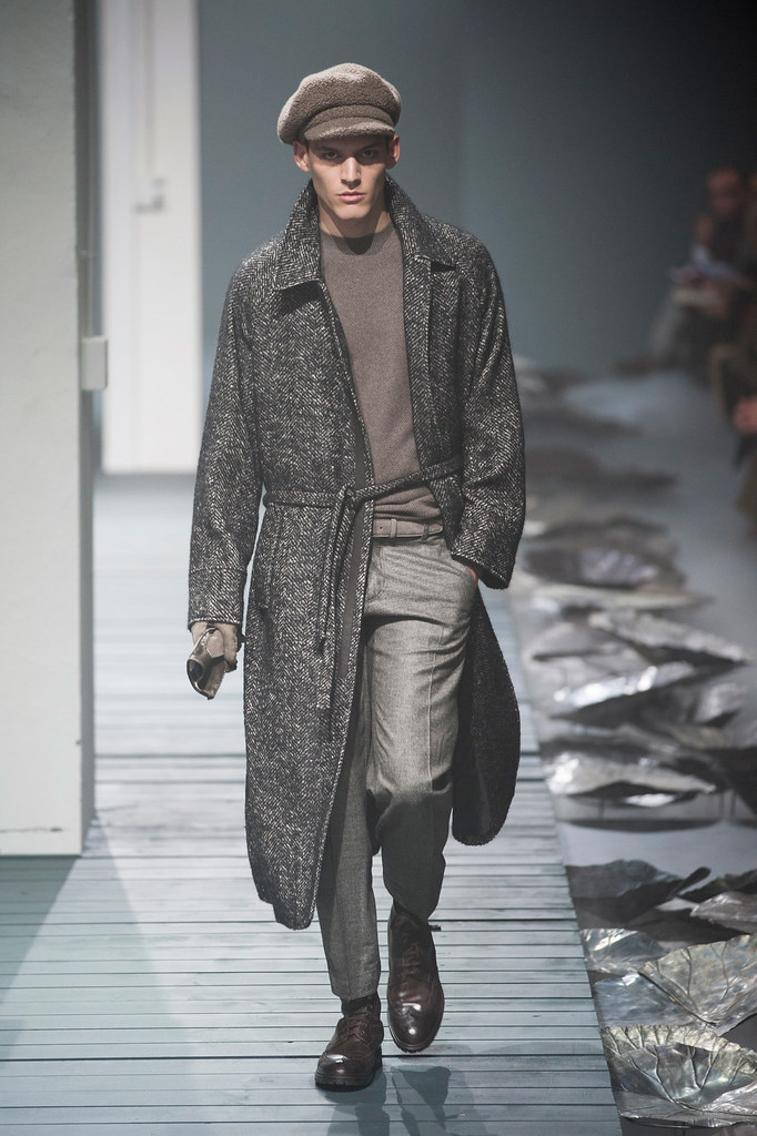 FW13 Milan Corneliani023_Christopher Michaut(fashionising.com)