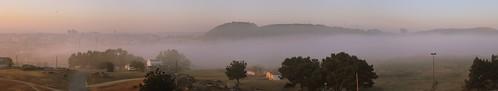Niebla al amanecer by treboada