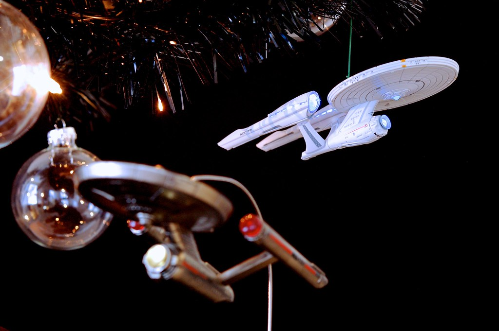 Alternate USS Enterprise On The Star Trek Christmas Tree 2012