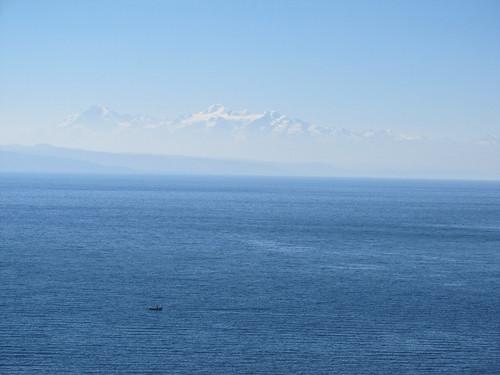 Lac Titicaca: les sommets enneigés