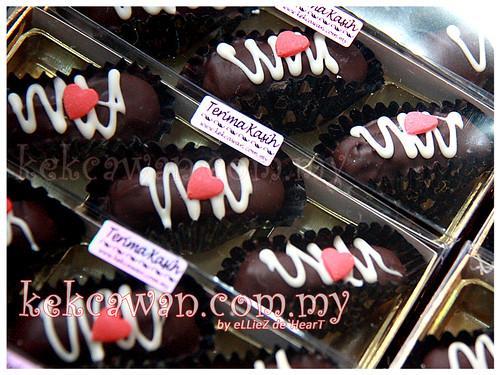 Wedding Gift: Chocolate Dates