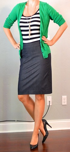 13 stripes skirt green sweater