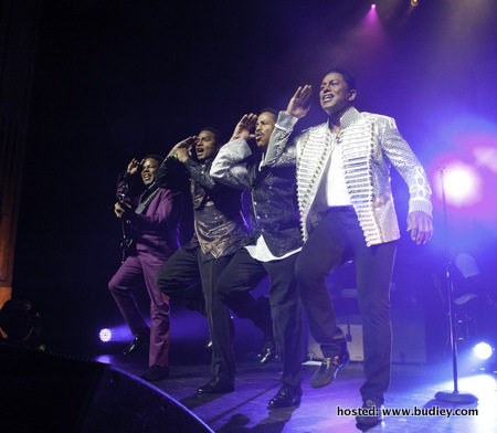 The Jacksons Live In Malaysia