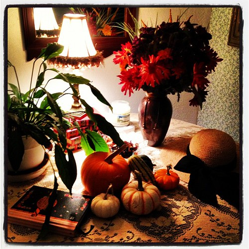 Our entry table decorated for autumn