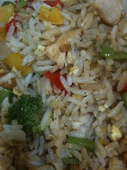 nasi goreng(0.0), rice and curry(0.0), steamed rice(1.0), thai fried rice(1.0), food grain(1.0), yeung chow fried rice(1.0), rice(1.0), jasmine rice(1.0), biryani(1.0), produce(1.0), food(1.0), pilaf(1.0), dish(1.0), fried rice(1.0), cuisine(1.0),