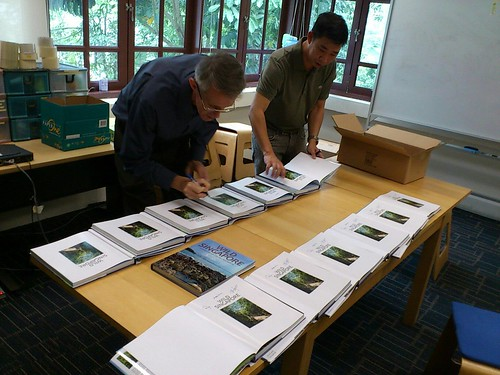 Geoff and Ben signing Wild Singapore. Photo by Ria Tan