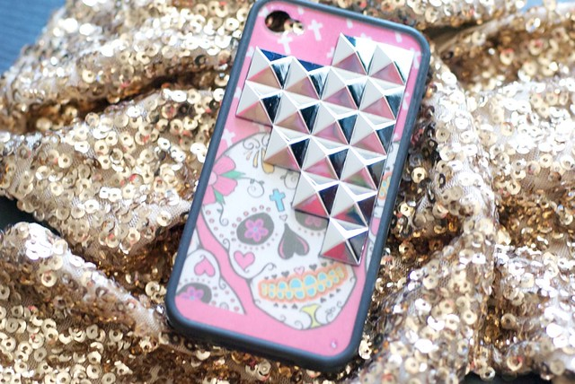 Wildflower-Sugar-Skull-phone-case