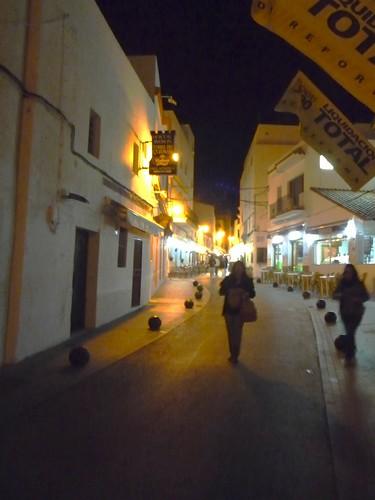 Andalusien Cadiz Conil Restaurant Pizzeria suchen